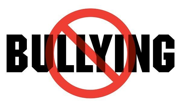 Breed Bullying – There are those who feel compelled to cut off the heads of others, to make themselves feel taller